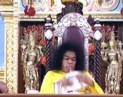 Lingasm manifestation by Sathya Sai baba - sick-up 2